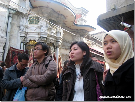 waiting with anjing tourist guide in grand bazar